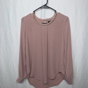 Rue21 dusty pink Gold chain link blouse size M